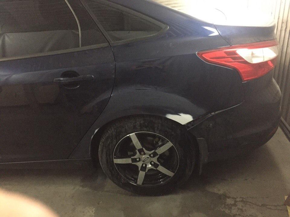 Ford Локальный ремонт заднего крыла - до